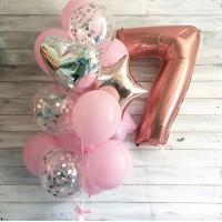 Фонтан из розовых и прозрачных шаров с конфетти и цифрой 7