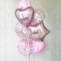 Фонтан из розовых шаров агат с прозрачными шарами с конфетти
