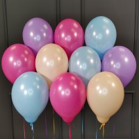 Воздушные шары нежных цветов