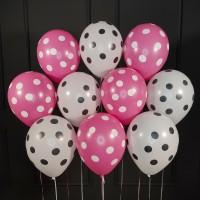 Воздушные бело-розовые шарики в горошек