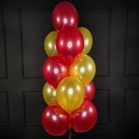 Фонтан из красно-желтых шаров металлик