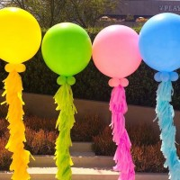 Большие разноцветные шары 100 см  с тассел