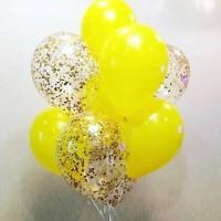 Облако из жёлтых и прозрачных шаров с конфетти