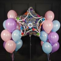 Композиция из шаров нежных пастельных с большой звездой